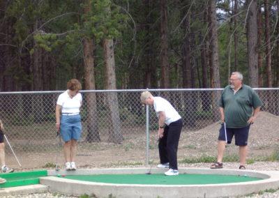 Mini Golf Waalers & Ann Turnbull